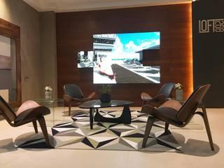 Sala de ventas Loft 268:  de estilo  por DECO Designers