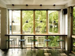 直方設計有限公司 Puertas y ventanas de estilo industrial