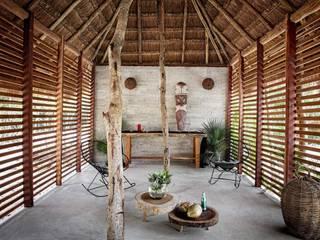 Remodelación Casa Maya en la Rivera :  de estilo  por CONSTRUSUR