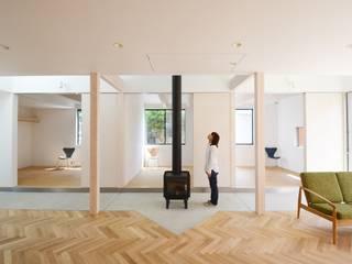 Ruang Keluarga Minimalis Oleh JMA(Jiro Matsuura Architecture office) Minimalis