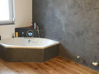 Bathroom by Traumraum&beton DESIGN by NONNAST