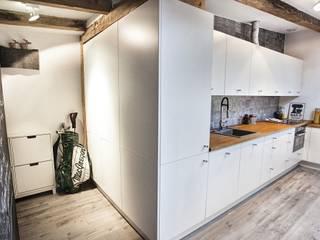 kuchnia na poddaszu Skandynawska kuchnia od Limonki studio Wojciech Siudowski Skandynawski