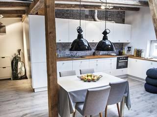 Dining room by Limonki studio Wojciech Siudowski