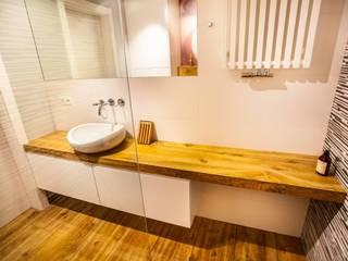 Bathroom by Limonki studio Wojciech Siudowski
