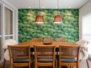 Salle à manger moderne par Rodapé.com Moderne