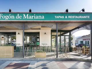 Fogón de Mariana, un proyecto de CM4 en Chiclana de la Frontera: Bares y Clubs de estilo  de MisterWils - Importadores de Mobiliario y departamento de Proyectos., Moderno