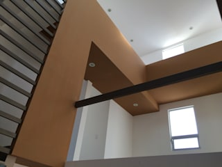 Oficinas de estilo  por LOGFE GRUPO DE ARQUITECTURA, Minimalista