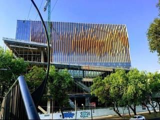 HOTEL FIESTA AMERICANA VIADUCTO Casas modernas de FM ARQUITECTOS Moderno
