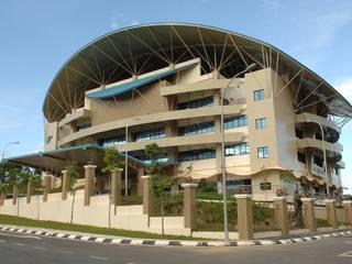 Lembaga Hasil Dalam Negeri Sabah Cawangan Sabah Modern style study/office by Chin Architect Modern