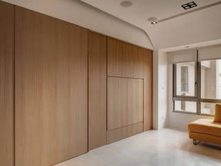 Salas de estar minimalistas por 邑舍室內裝修設計工程有限公司 Minimalista