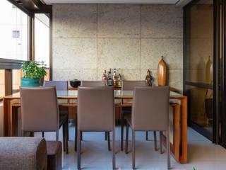 Apartamento Santo Agostinho: Varandas  por Ivan Araújo Fotografia de Arquitetura,Moderno
