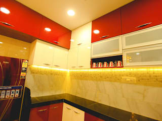 2 BHK home in Thakurli, Mumbai :  Kitchen by Square 4 Design & Build,