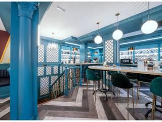 JALEO, el restaurante madrileño de los Austrias: Locales gastronómicos de estilo  de MisterWils - Importadores de Mobiliario y departamento de Proyectos., Moderno