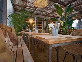 餐廳 by MisterWils - Importadores de Mobiliario y departamento de Proyectos., 熱帶風