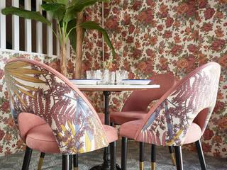 Nhà hàng theo MisterWils - Importadores de Mobiliario y departamento de Proyectos., Kinh điển
