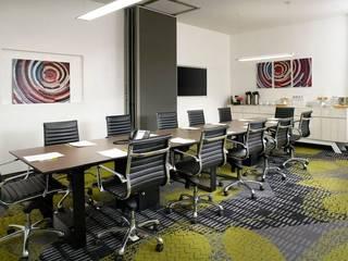 Remodelación de Oficinas Estudios y despachos modernos de FM ARQUITECTOS Moderno