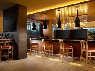 Hotel Fairfield Inn & Suites Nogales Pasillos, vestíbulos y escaleras modernos de FM ARQUITECTOS Moderno
