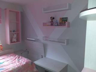 Dormitorio Niña: Cuartos para niñas de estilo  por Inspira