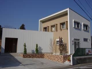 インナーコートのある家 モダンな 家 の 徳永建築事務所 モダン