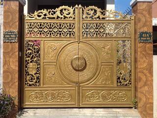 Cổng nhôm đúc trống đồng: cổ điển  by Công ty TNHH Asuzac miền Bắc, Kinh điển