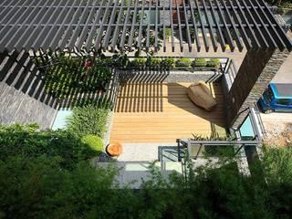 大桓設計顧問有限公司 Modern style balcony, porch & terrace
