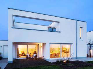 Single family home by Hilger Architekten, Modern