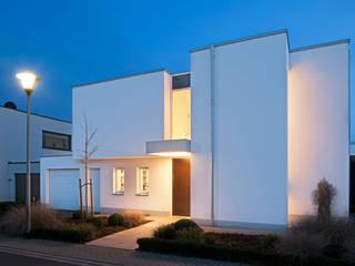 Villas by Hilger Architekten, Modern