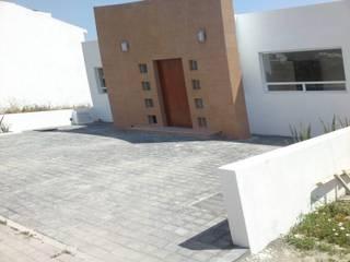 El Refugio 4 Casas minimalistas de Nova Terra Construcciones Minimalista