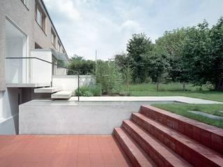 Reihenhaus Hirzbrunnen Basel von Ave Merki Architekten Modern