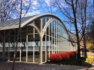 Modern Pool by MRH Arquitectos Modern