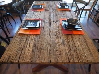 Tavoli industrial legno e ferro:  in stile  di nuovimondi di Flli Unia snc