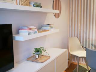 Quando uma sala se transforma em sala e quarto : Salas de jantar  por Tangerinas e Pêssegos - Design de Interiores & Decoração no Porto,Escandinavo