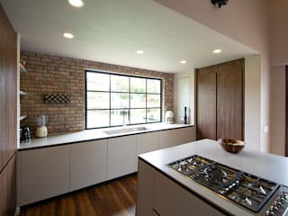 Built-in kitchens by Milestone