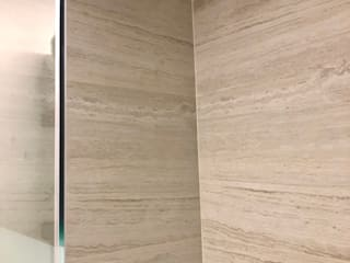 現代浴室設計點子、靈感&圖片 根據 Alejandra Zavala P. 現代風