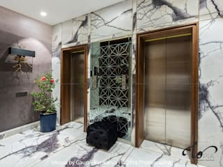Couloir et hall d'entrée de style  par Utopia by Gaurav Kankariya, Moderne
