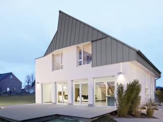 hilzinger ThermoSolar-Geneo von hilzinger GmbH - Fenster + Türen Minimalistisch
