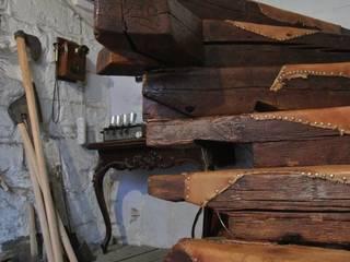 Уникальный дизайн помещений и лестниц из дерева от StudioDovbysh Кантри