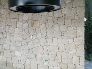 Modern walls & floors by Bizzarri Pedras Modern