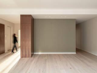UAIG | Ufficio Architettura Interni Grammauta ห้องนั่งเล่น ไม้