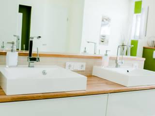 Modern style bathrooms by T-raumKONZEPT - Interior Design im Raum Nürnberg Modern