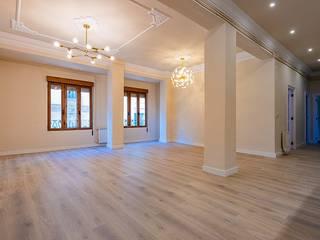 Reforma integral piso - Antes y Después Dormitorios de estilo moderno de LCC, Licitaciones y Contrataciones de Construcción Moderno