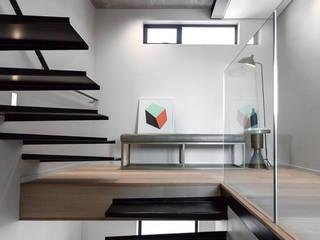 par GSQUARED architects Minimaliste
