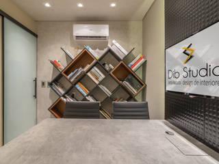 Projeto Escritório de Arquitetura Espaços comerciais modernos por Dib Studio Arquitetura e Interiores Moderno