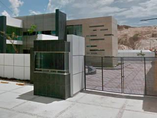 Diseño de Edificio Oficinas Corporativas Estudios y despachos modernos de DCA Arquitectura y Construccion Moderno