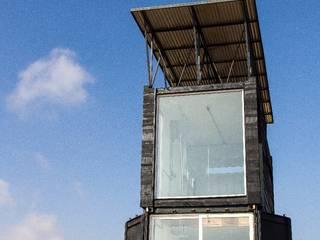 Habitáculo S.O. e-Tower de MRH Arquitectos Moderno