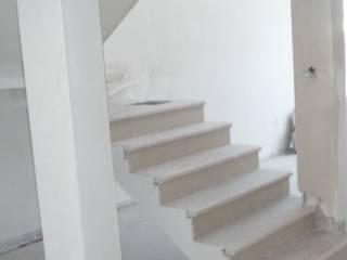 ESTUDIO DE ESCALERAS VARIOS PROYECTOS: Escaleras de estilo  por AVANZA ARQUITECTOS