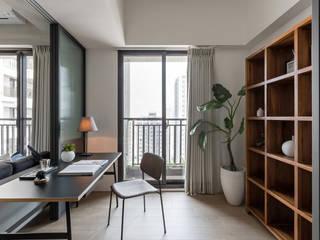 Estudios y bibliotecas de estilo escandinavo de 寓子設計 Escandinavo