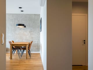 Minimalist corridor, hallway & stairs by Perfect Space Minimalist