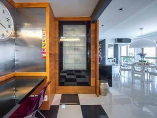van BG arquitetura | Projetos Comerciais Modern
