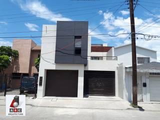 Ampliacion de casa habitacion: Casas unifamiliares de estilo  por ARC ARQUITECTURA